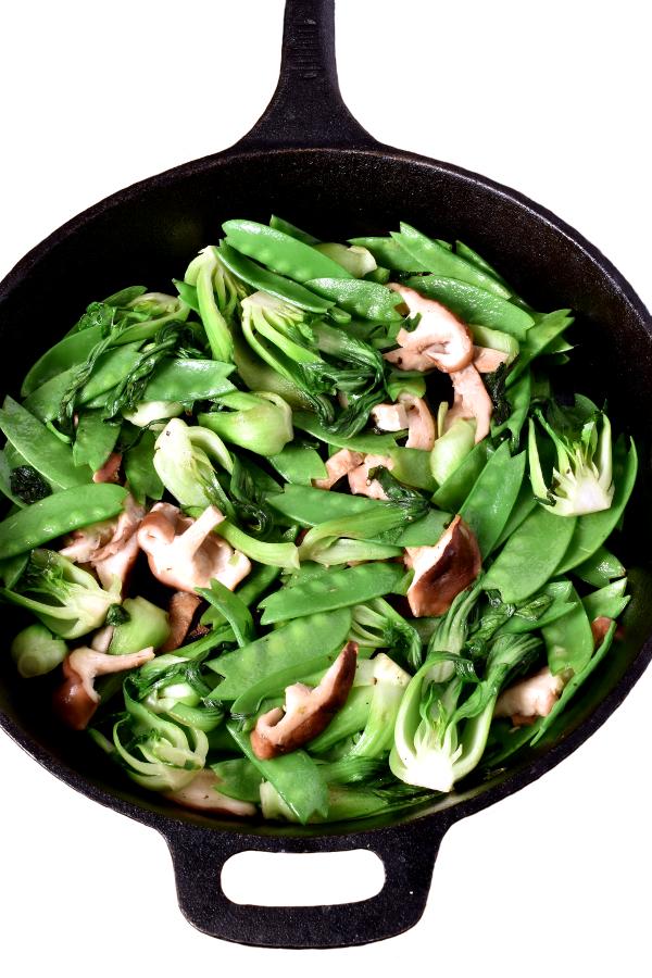 Hainanese Inspired Chicken Rice   WednesdayNightCafe.com