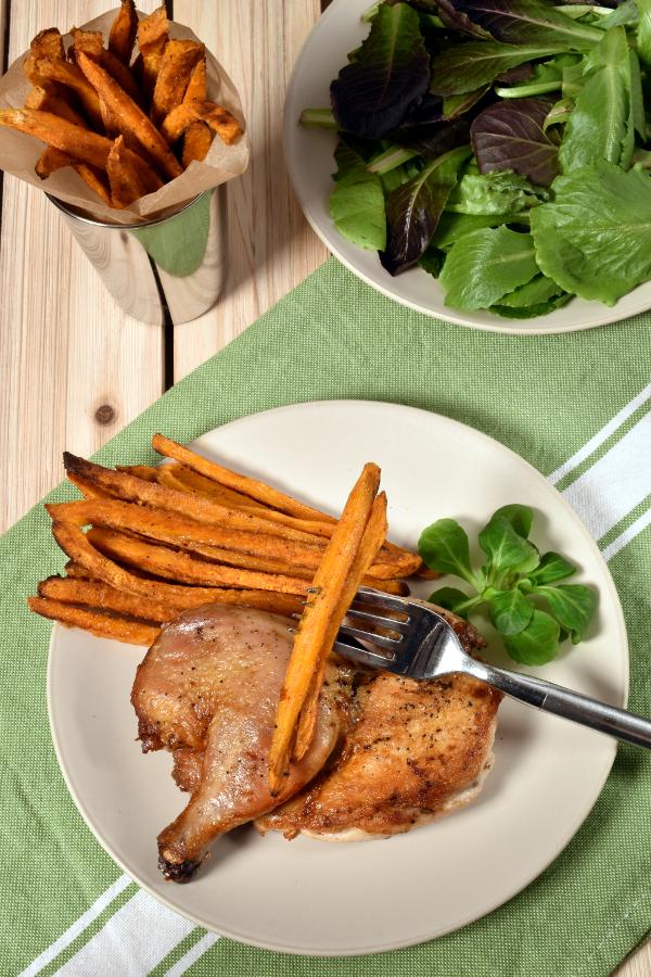 Cornish Hen (or Chicken) Under a Brick | WednesdayNightCafe.com