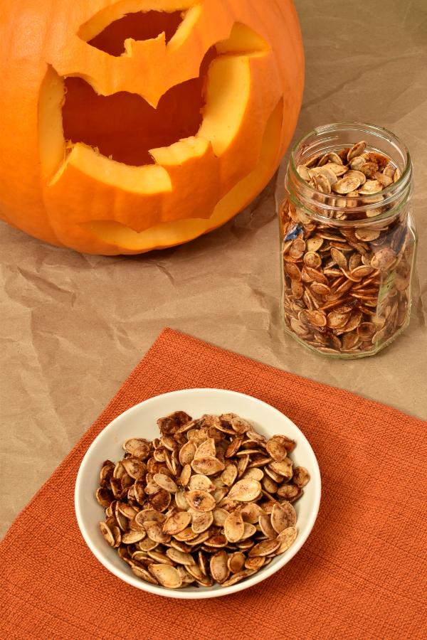 Maple Cinnamon Roasted Pumpkin Seeds - Wednesday Night Cafe