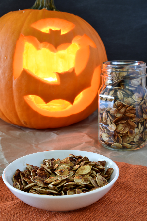 Maple Cinnamon Roasted Pumpkin Seeds