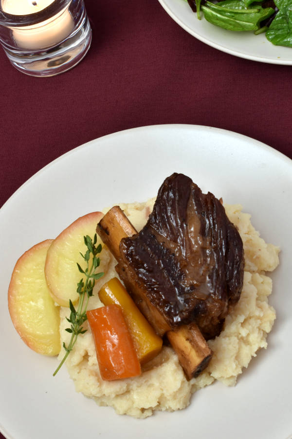 Apple Cider Braised Short Ribs | WednesdayNightCafe.com