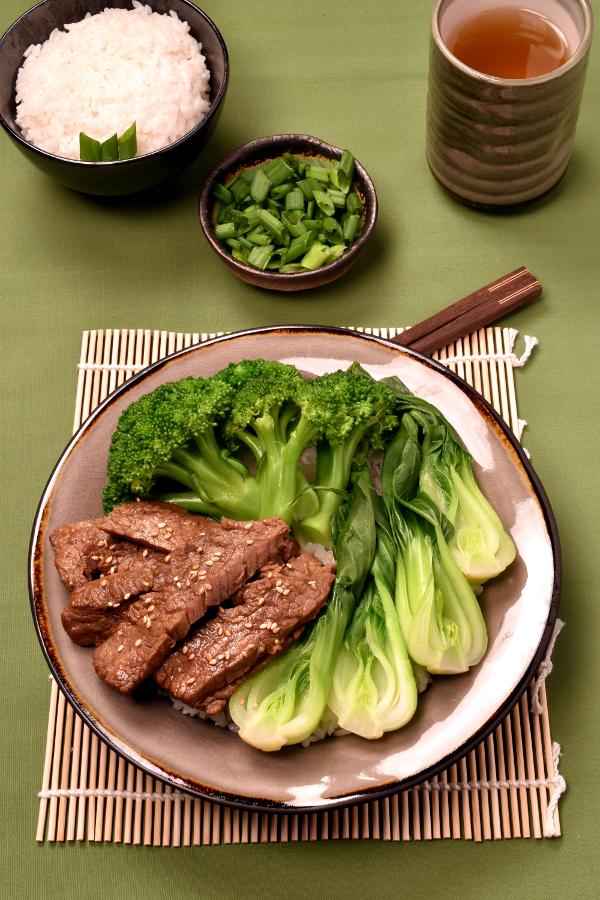 Korean Barbecue Flavor Beef Bowls   WednesdayNightCafe.com