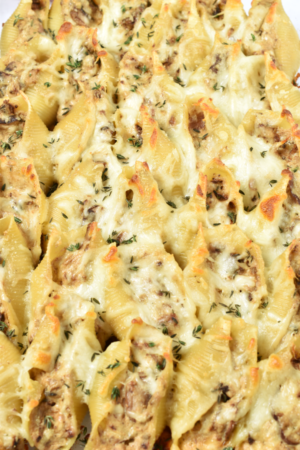 Mushroom Stuffed Shells | WednesdayNightCafe.com