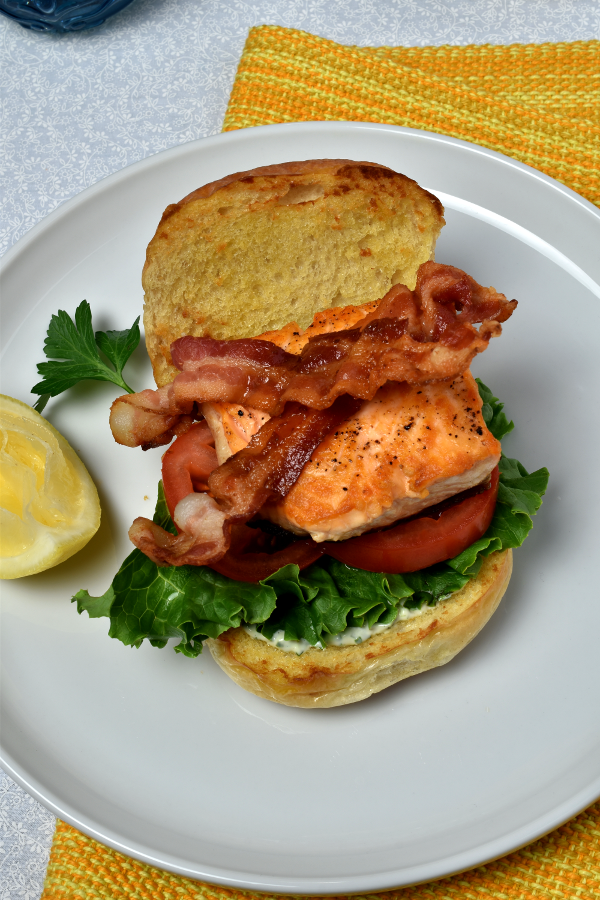 Salmon BLTs with Herb Sauce