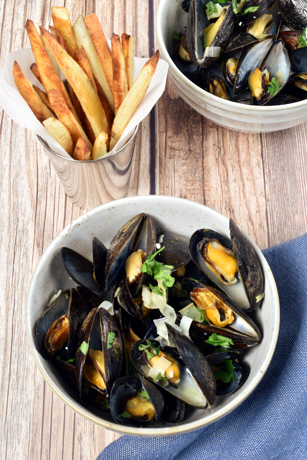 Moules Frites – Belgian Mussels with French Fries (Oven Fries)